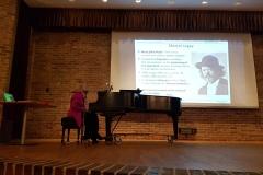 Le début de la partie consacrée à Marcel Legay. Elizabeth Doyle est au piano.