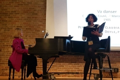 "Claudia Hommel (Chicago) chante ""Va danser"" de Legay. Elizabeth Doyle est au piano."